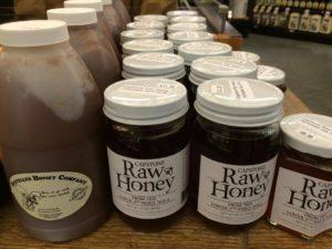 honey-at-dryades-market